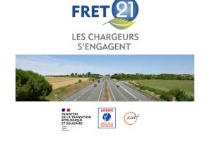 Video : FRET21 en 3 minutes : présentation FRET21. L'équipe FRET21 vous résume le contexte et les étapes de cette démarche gratuite et volontaire pour réduire les émissions de gaz à effet de serre du transport de marchandises pour les donneurs d'ordre de transport.